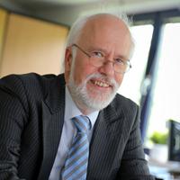 Vorstandsmitglied Dr. volker Bastert © www.bastert.de